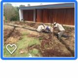 serviço de drenagem no jardim Enxovia